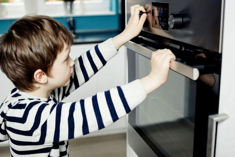 Comment sécuriser la cuisine pour les enfants