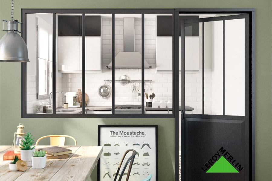 Jouer avec votre espace cuisine : la verrière industrielle